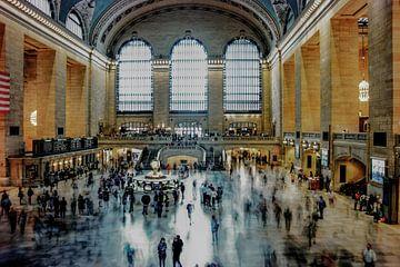 De tijd gaat voorbij in Grand Central Station, New York van Nynke Altenburg