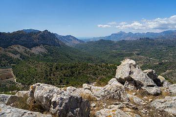 Aussicht in die weite Berglandschaft von Montepuro