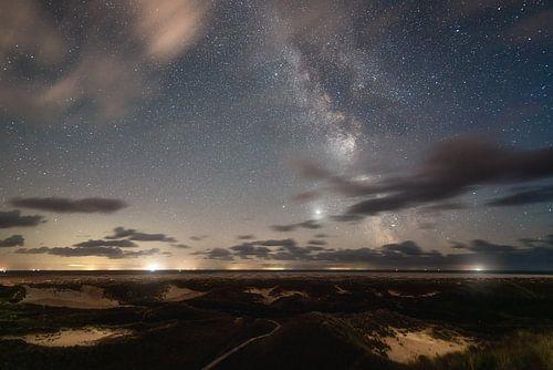 Dünenlandschaft und Milchstra�e auf Amrum