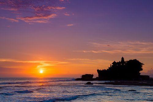 Balinese zonsondergang bij Pura Tanah Lot