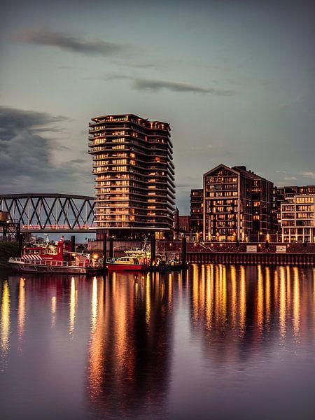 Nijmegen by night #8 van Lex Schulte