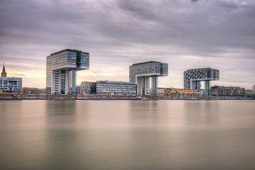 Das Hafenhaus in Köln von Richard Zeinstra