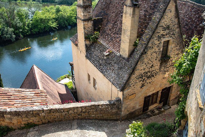 Uitzicht op de rivier de Dordogne in Beynac-et-Cazenac van Frankrijk Puur