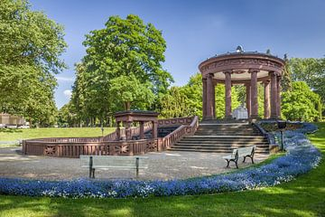 Elisabethenbrunnen im Kurpark von Bad Homburg van Christian Müringer