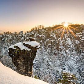 Sonnenuntergang am Wehlgrund im Winter von Michael Valjak