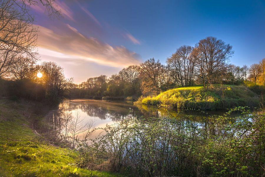 Colorful reflections (Fort bij Rijnauwen, Bunnik / Utrecht)