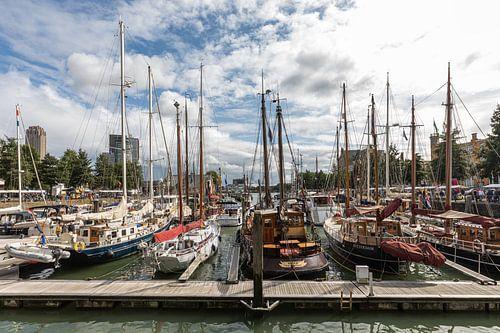 De Veerhaven in het klassieke Scheepvaartkwartier in Rotterdam