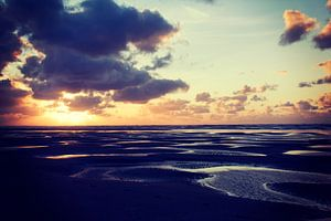 Zonsondergang strand Ameland van