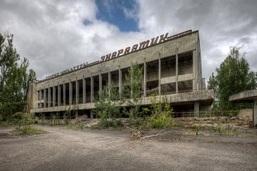Abandoned van Henny Reumerman