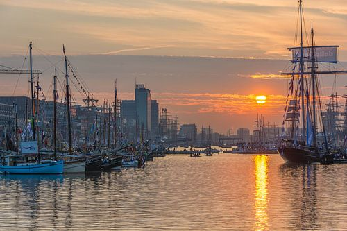 Sunset during Sail  von Ardi Mulder
