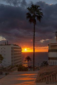 Mooie zonsopkomst aan de Costa del Sol von Donny Kardienaal