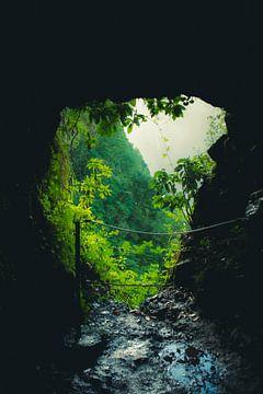 Mitte des Tunnels bei Levada von jonathan Le Blanc