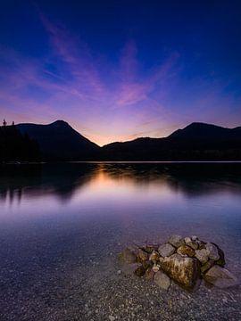 Abenddämmerung am Walchensee von Denis Feiner