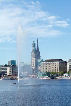 Binnenalster met waterfontein en Hamburg stadhuis, Hamburg, Duitsland, Europa, Hamburg, Duitsland van Torsten Krüger
