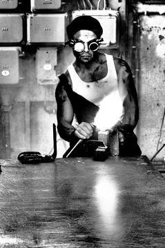 Harter Kerl mit Werkzeugen von Gaby  van der Peijl