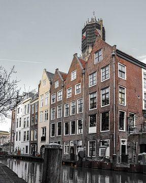Grachtenpanden en domtoren in Utrecht van Kim de Been