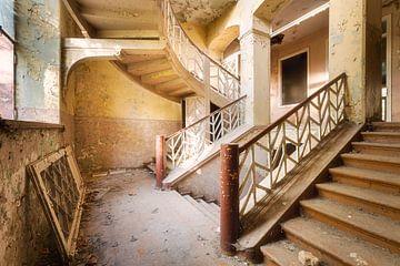 Treppe mit einer Wendung. sur Roman Robroek