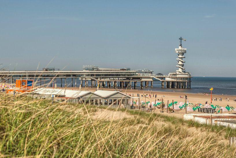 De Pier in Scheveningen van John Kreukniet