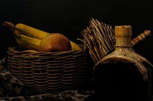 Appel mandje met fruit en aardewerk fles van tolitoy creations