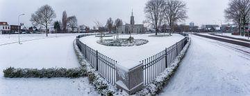 Panorama van de Mormonenkerk (Den Haag tempel) in de sneeuw in Zoetermeer van Roy Poots