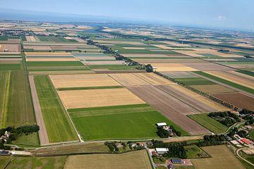 Tête aérienne Hollande du Nord vers la mer des Wadden sur