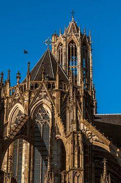 Domkerk en toren in het zonlicht. van Robin Pics (verliefd op Utrecht)