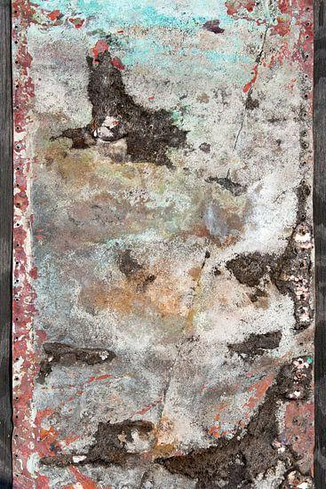 kleurrijke verroeste oude metalen plaat van Hanneke Luit