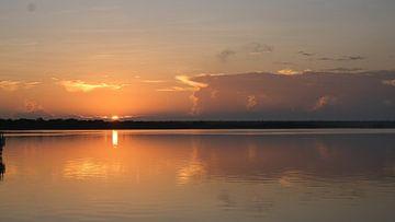 Zonsopgang, Lacuna de Bacalar, Quintana Roo, Mexico van themovingcloudsphotography