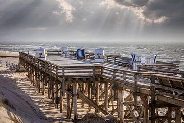 Letzte Sonnestrahlen am Strand von Kampen, Sylt von Christian Müringer