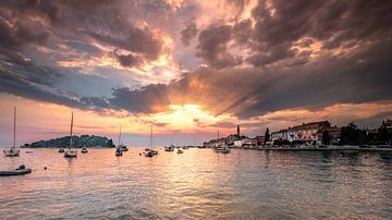Zonsondergang Rovinj (Kroatië) van Edward Sarkisian
