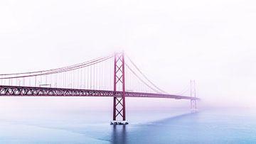Ponte 25 de Abril Disappearing in fog, Lisbon, Portugal van
