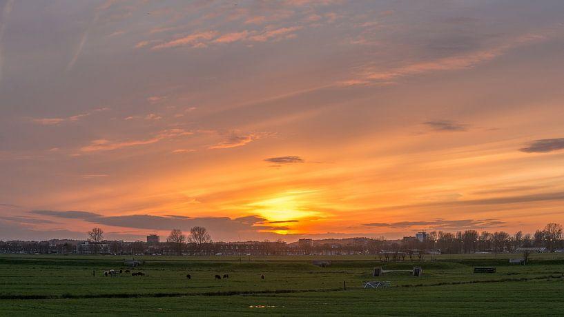 Zonsondergang in Spaarndam van Ardi Mulder