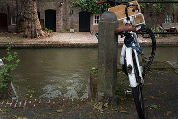 Aan de Oude Gracht-Utrecht 01 van Cilia Brandts