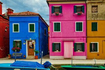 Façades colorées - Burano sur Peter Bergmann