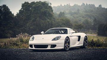 Porsche Carrera GT in de vroege ochtend