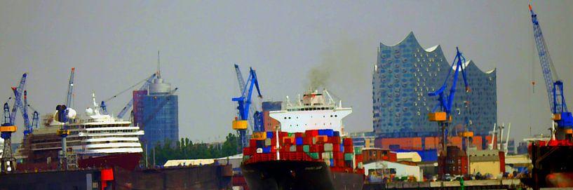 Betrieb im Hafen von Peter Norden