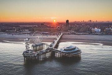 Der Pier Scheveningen! Sonnenaufgang von Peter Haastrecht, van