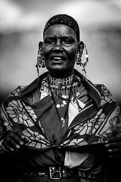 Massai-Porträt Frau von Dave Oudshoorn
