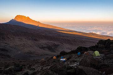 Kilimanjaro bij zonsondergang van Ronne Vinkx