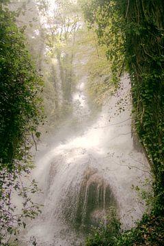 Kleine Waterval bij Terni van Sander van Geest