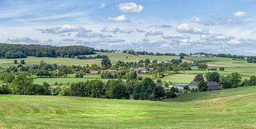 Panorama  van het Zuid-Limburgse landschap in de buurt van Epen