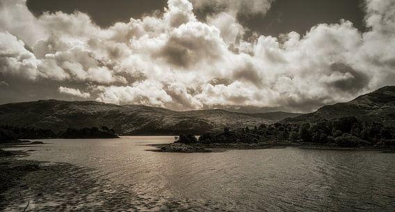 Loch Sunart van Pascal Raymond Dorland