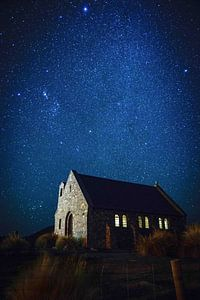 Sterrenhemel in Nieuw Zeeland van Koen Bluijs