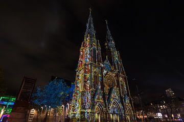 kerk tijdens glow  van Robin Smit