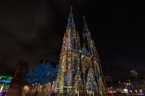 kerk tijdens glow