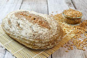 Vers gebakken speltbrood von Denislav Georgiev