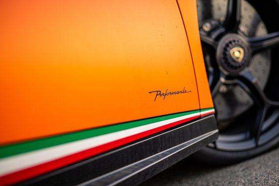 Zijkant van Lamborghini Huracan Performante