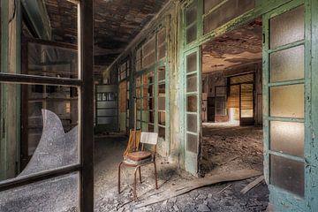 Lieu abandonné - Chaise sur Carina Buchspies