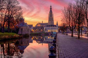Een unieke en kleurrijke zonsopgang in Breda van