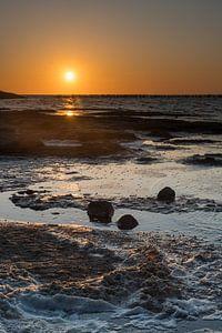 Sonnenuntergang im Porträtstand an der friesischen Wattenküste Wierum von Waterpieper Fotografie